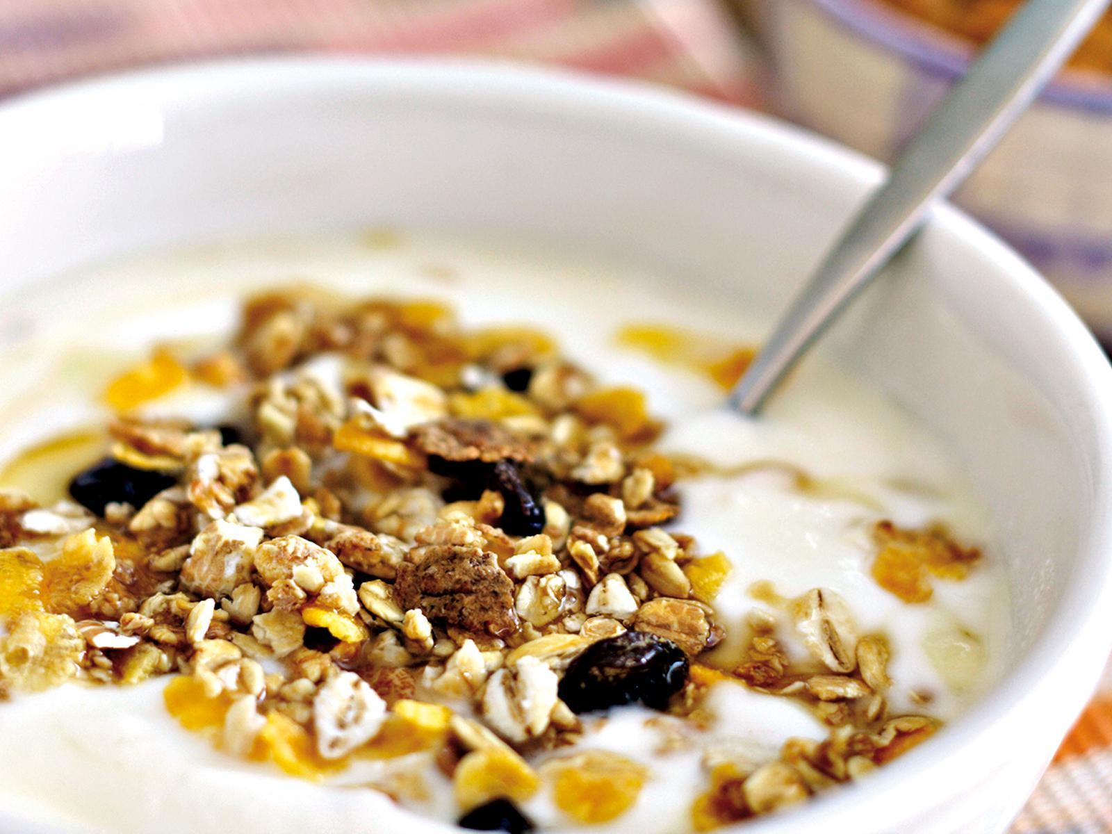 Slide 4 Yoghurt met muesli